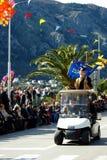 黑山,科托尔- 03/13/2016 :有狂欢节的第一个参加者的汽车 免版税库存图片