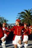 黑山, Kumbor - 02/06/2016 :从新海尔采格的舞蹈军乐队女队长 免版税库存照片
