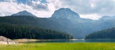 黑山 黑色湖 库存照片