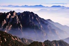 黄山(黄色)山 免版税库存图片
