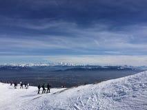 山从滑雪道的勃朗峰视图 图库摄影