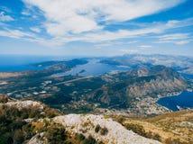 山Lovcen蒂瓦特的看法 蒂瓦特机场 Lustica Penins 免版税库存图片