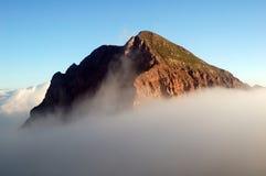 山Sasso Rosso的峰顶的看法 免版税图库摄影