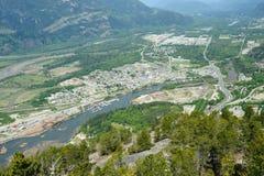 山squamish城镇 免版税库存图片