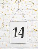 14岁与第十四的生日聚会卡片与golde 免版税库存图片