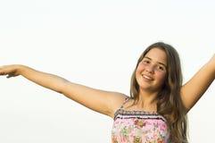 14岁的女孩的室外画象 免版税库存图片