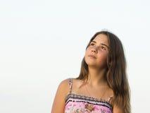 14岁的女孩的室外画象 库存图片
