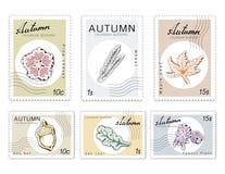 岗位邮票被设置有纸裁减艺术的秋天厂 库存照片