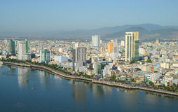 岘港市市中心看法  免版税库存图片
