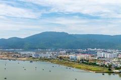 岘港市市2015年5月商业区  免版税库存照片