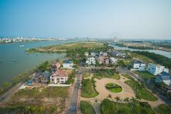 岘港,越南3月15日: :从旅馆的天空视图在3月的岘港 库存图片