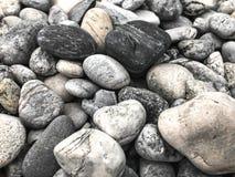 岩层和配色是包括的在地板上 库存图片