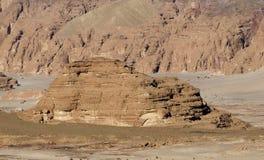 岩层在沙漠 库存照片