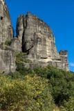 岩层惊人的风景在迈泰奥拉,希腊附近的 免版税图库摄影