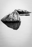 岩石反射 库存照片