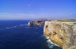 岩石和大西洋 库存图片