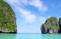 岩石和海运在Krabi 库存照片