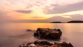 岩石和海运 图库摄影