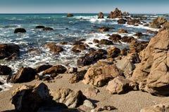 岩石和海洋 免版税图库摄影
