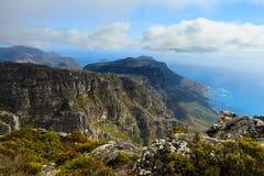 岩石和风景在桌山顶部南Af的 免版税库存图片