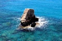 岩石在地中海 免版税库存照片