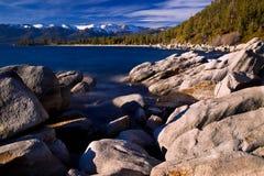 岩石在太浩湖 免版税图库摄影