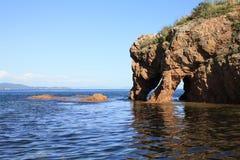 岩石在海运 免版税图库摄影