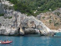 岩石在水中 免版税库存图片