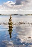 岩石塔在康沃尔郡海边 图库摄影