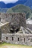 岩石墙壁和Windows马丘比丘秘鲁南美 免版税库存图片