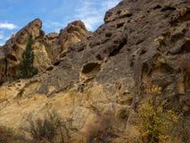 岩石峡谷峭壁 免版税图库摄影