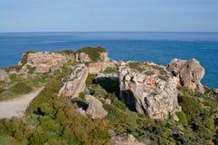 岩石峭壁海边 免版税库存图片
