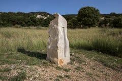 岩石巨型独石在晚上 库存图片