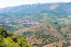 岩石横向 El Montsant, Siurana de普拉德,塔拉贡纳, Catalunya,西班牙的里奇 库存照片