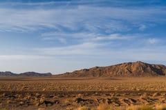岩石沙漠和山风景在伊朗 库存图片