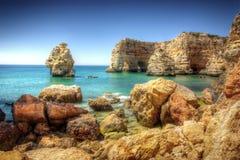 岩石海岸的hdr 免版税图库摄影