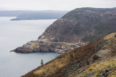 岩石海岸线视图 免版税库存照片