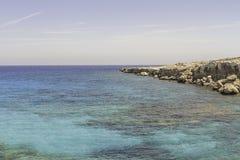 岩石海岸线 免版税图库摄影