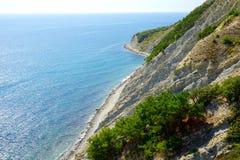 岩石海湾在新罗西斯克, Myschako 免版税库存图片