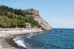 岩石海角Plaka在黑海,克里米亚 库存图片