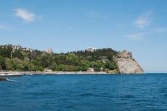 岩石海角Plaka看法在黑海,克里米亚的 免版税库存照片