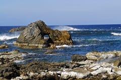 岩石海边 免版税库存照片