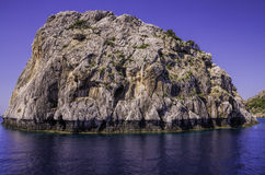 岩石潮汐热带海岛 免版税库存照片