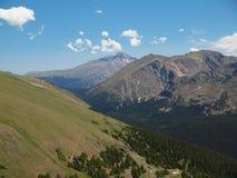 岩石的山脉 库存图片