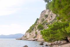 岩石的峭壁 免版税库存照片