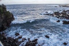 岩石的海岸线 免版税图库摄影