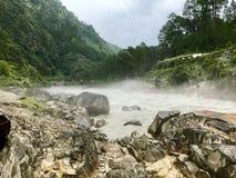 岩石的路径 免版税图库摄影