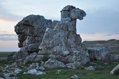 岩石相似与骆驼 免版税库存照片