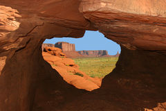 岩石窗口,瓦莱塔马耳他 库存图片