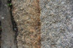 岩石纹理以灰色对比 库存照片